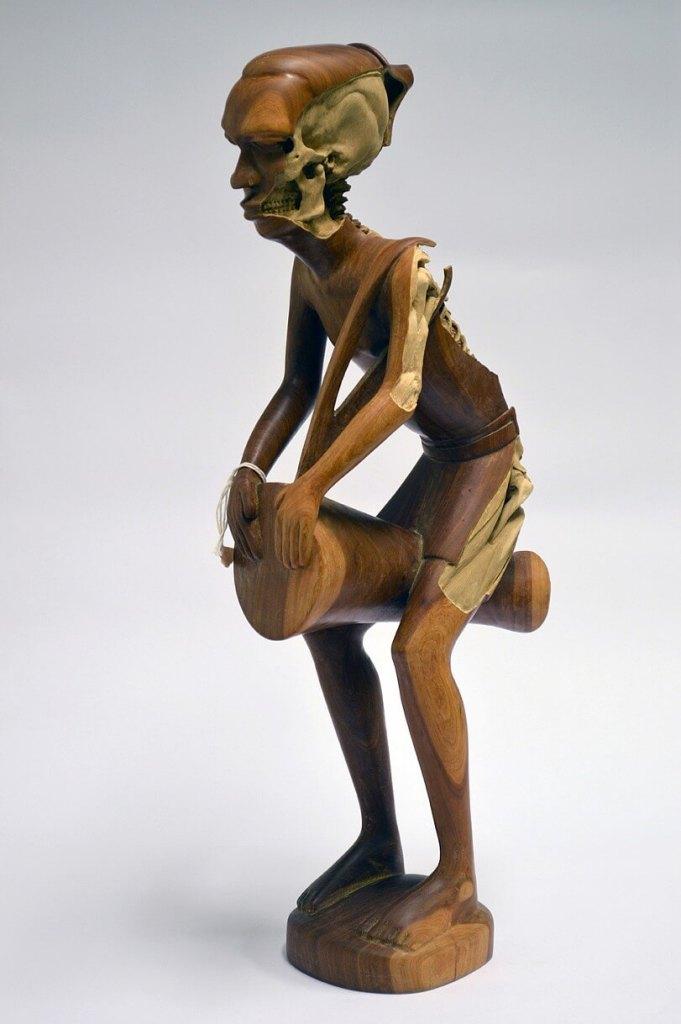 Souvenir, sculpture by Maskull Lasserre, carved interior