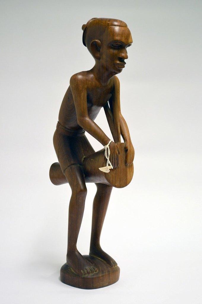 Souvenir, sculpture by Maskull Lasserre, front