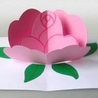 Biglietto pop-up della rosa per la festa della mamma