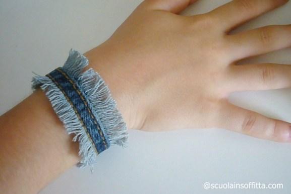 braccialetto di jeans