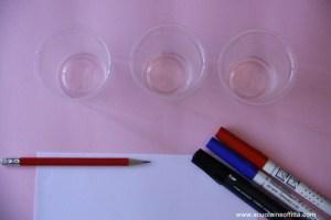 Gioco di Munari con i bicchieri di plastica