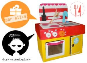 cucina giocattolo scatoloni