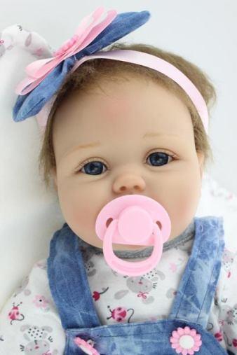 bambola realistica