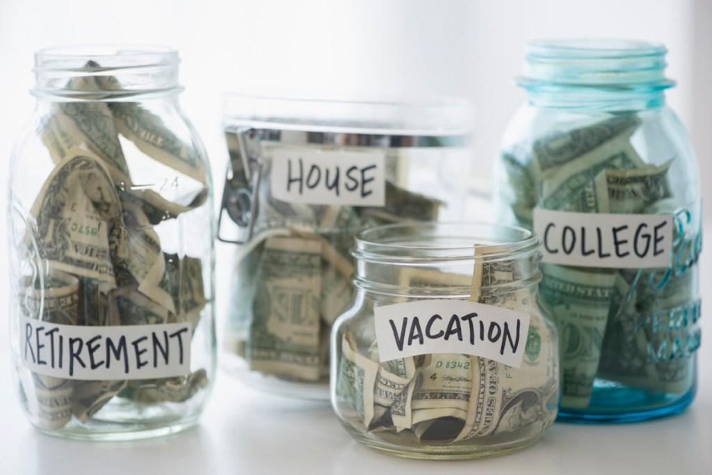 track spending make budget save money