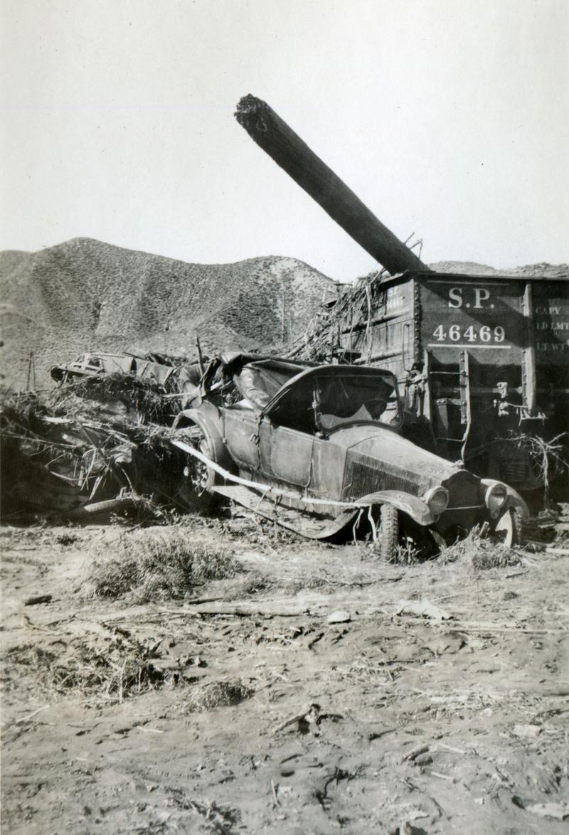 Wreckage at Kemp  ST. FRANCIS DAM DISASTER