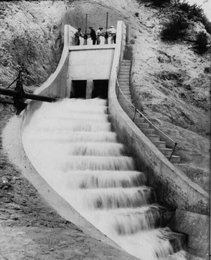 Opening ceremony for the Los Angeles Aqueduct, November 5, 1913. The gate to the Cascades is opened.
