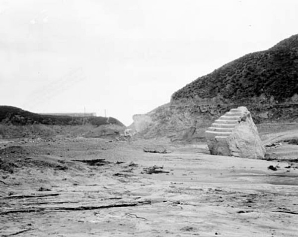 Piece of Dam. Photos of the St. Francis Dam disaster.