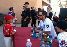 Hart PONY Baseball veteran James Shields of the Kansas City Royals signs autographs.