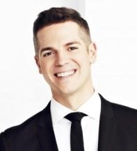 Host Jason Kennedy