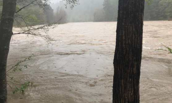 The Eel River on the day the vehicle was lost. | Photo: Southern Humboldt Technical Rescue.