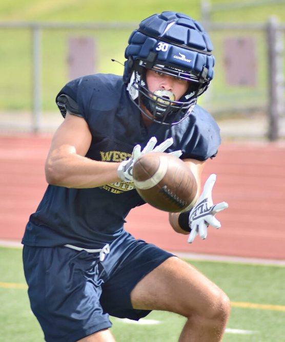 Wide Receiver Dylan Cotti