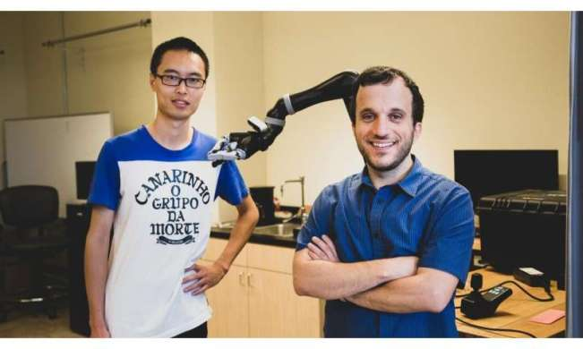 Showing robots 'tough love' helps them succeed, finds new USC study
