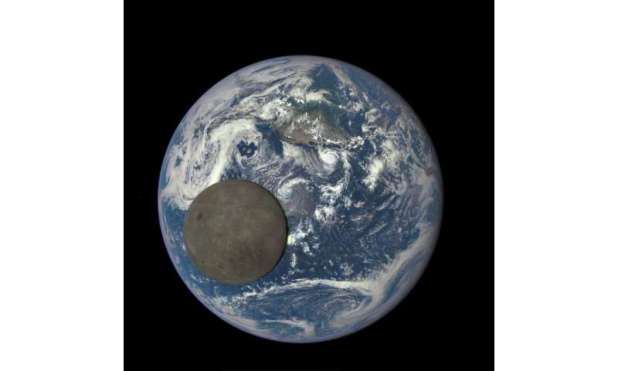 Scientists provide a new explanation for the far side of the Moon's strange asymmetry