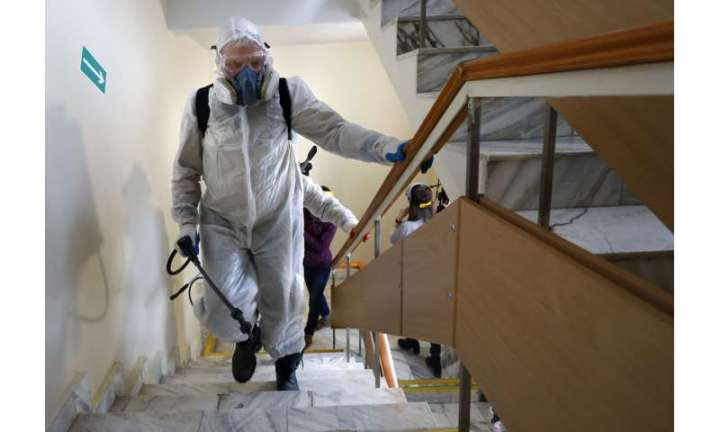 Moscow targets Chinese with raids amid virus fears