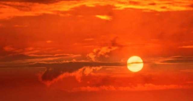 Machine learning models based on thermal data predict solar radiation