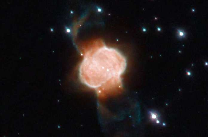 Hubble Takes Portrait of Nebula