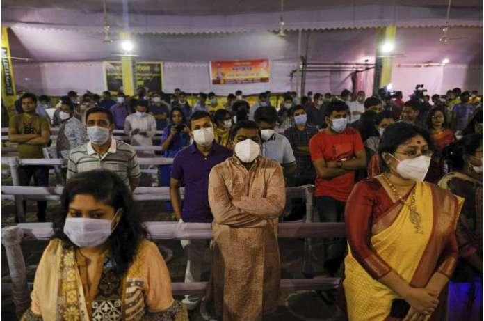 Bangladesh enforcing weeklong lockdown amid virus surge