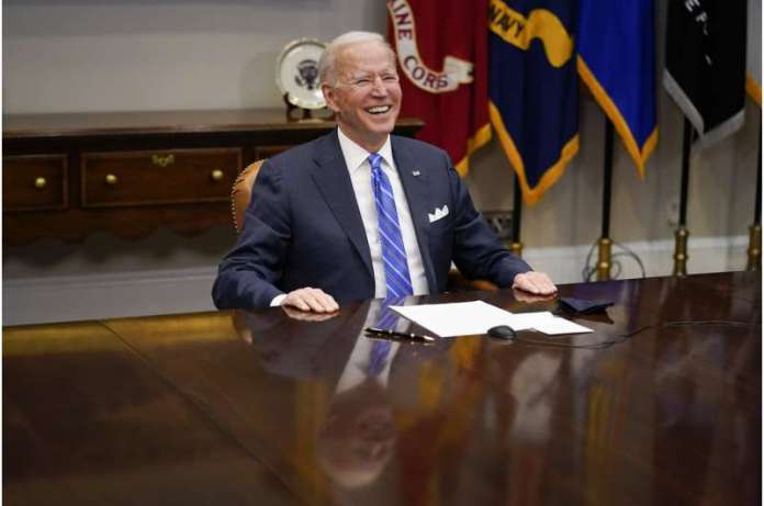 Biden lauds NASA team for giving US 'dose of confidence'