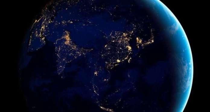 अंतरिक्ष से असमानता का पता लगाना