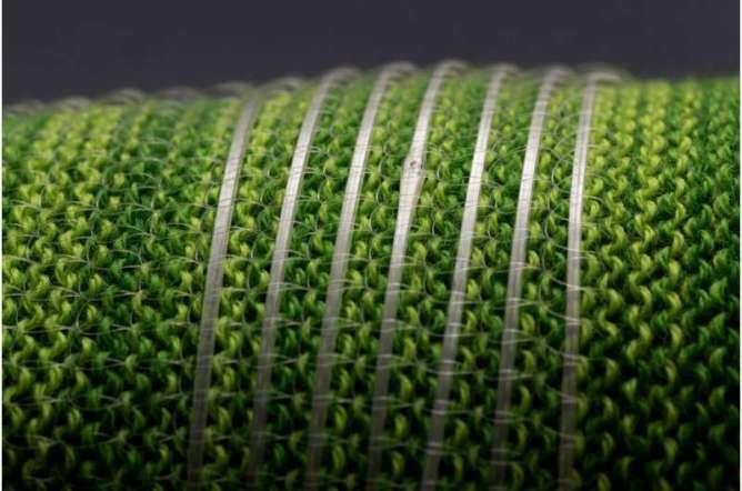 Engineers create a programmable fiber