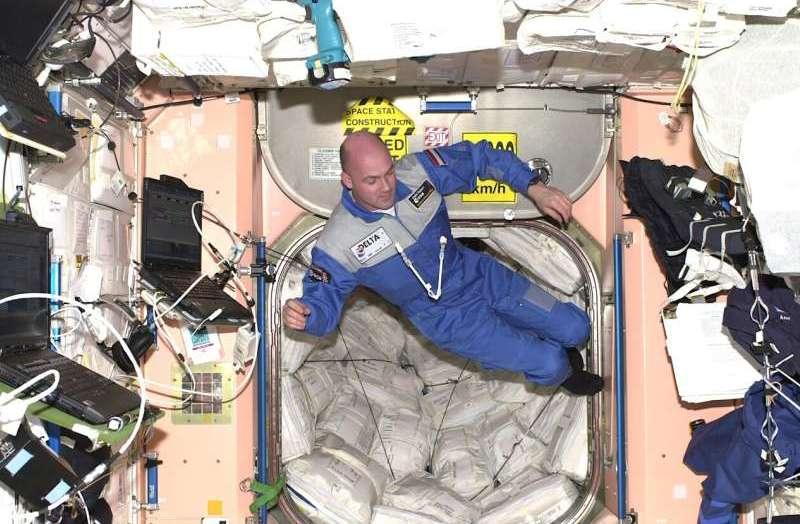 ESA - Space embrace