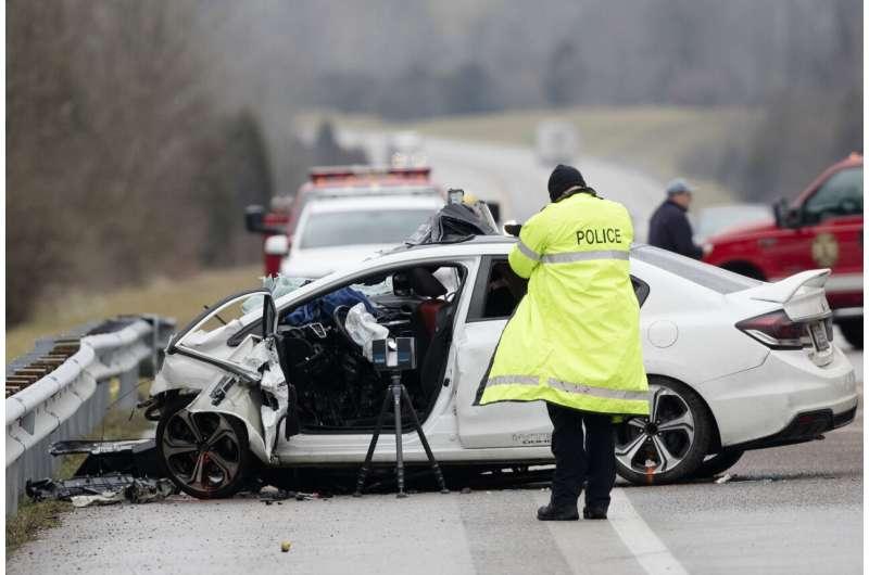 Risky driving: US traffic deaths up despite virus lockdowns