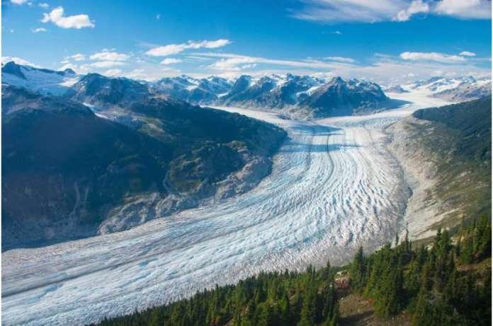 उपग्रह दुनिया के ग्लेशियरों को पहले से अधिक तेजी से पिघलाते हुए दिखाते हैं