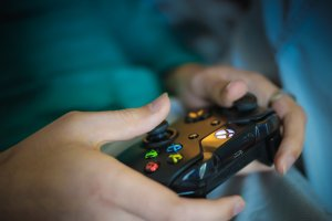 The world of Xbox cloud games is expanding to Apple devices as well