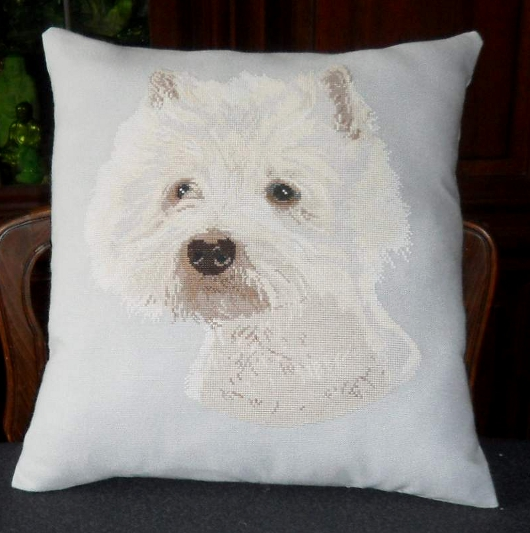 https://i0.wp.com/sd-5.archive-host.com/membres/images/164353825412355948/coussin_westie.JPG