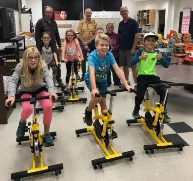 hillcrest-brain-bikes-with-Shuswap-Rotary.jpg
