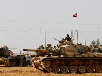 قوات تركية على الحدود العراقية
