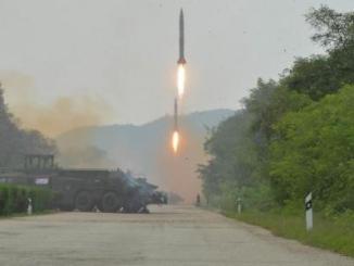 تجربة إطلاق صاروخ باليستي في كوريا الشمالية