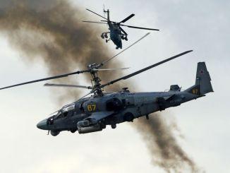 """مروحيتان """"كا-52"""" التمساح"""