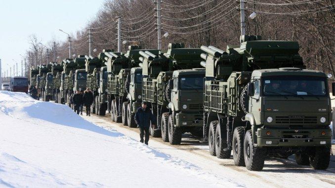 """منظومات """"بانتسير-إس"""" المدفعية الصاروخية"""