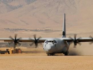 طائرة C-130J