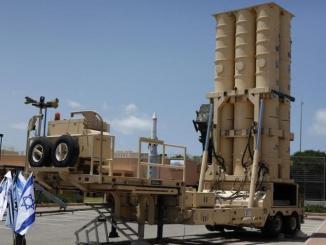 """صواريخ """"آرو"""" الإسرائيلية"""