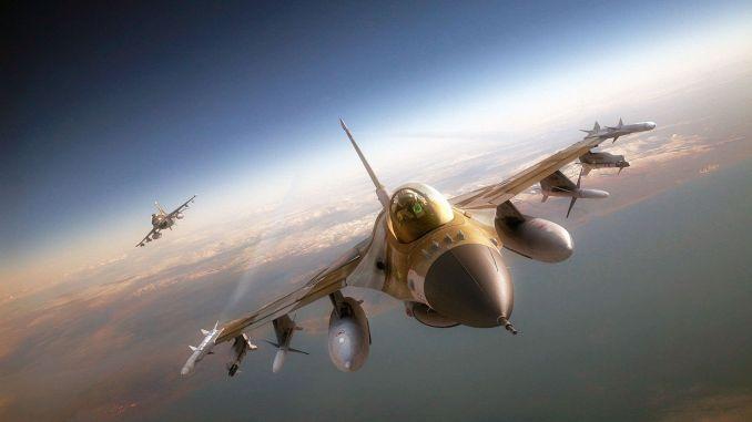 مقاتلة أف-16 الأميركية