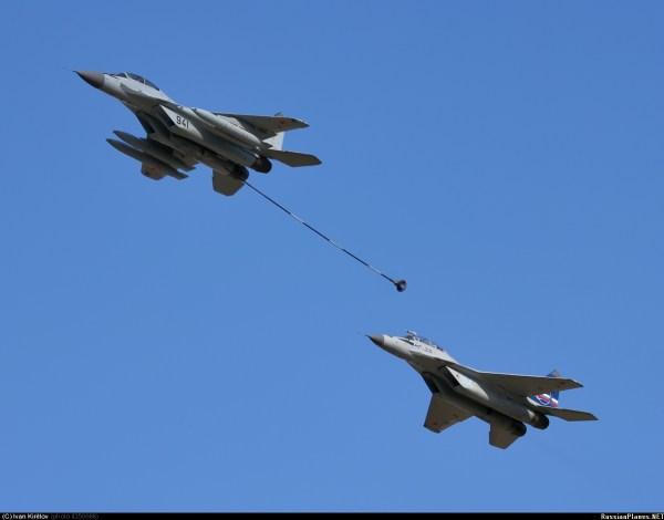 سد النهضه في عام 2017   .  ما الجديد؟ - صفحة 6 MiG-29-buddy-buddy