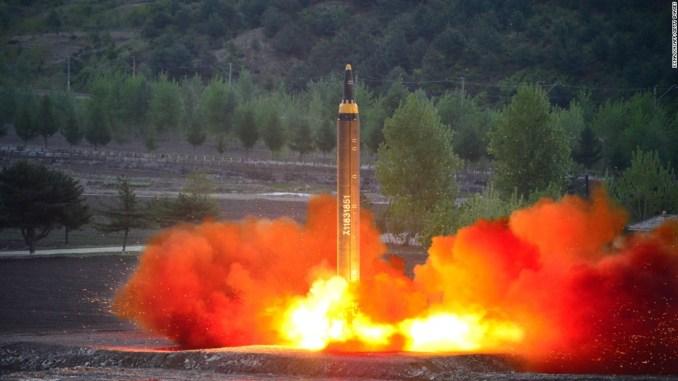 لقطة لإطلاق صاروخ تابع لبيونغ يانغ 
