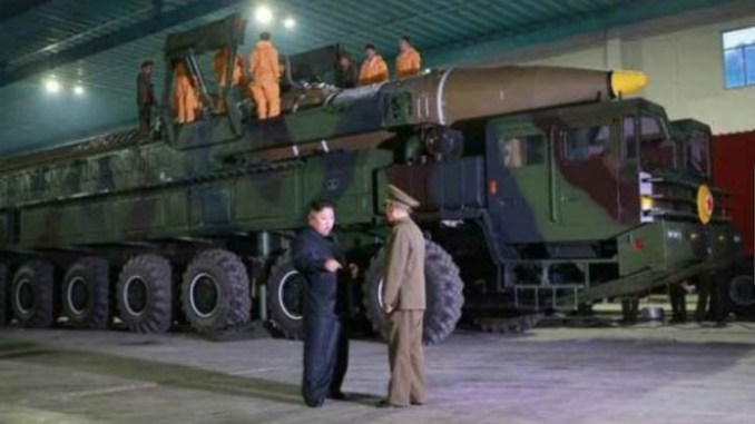 رئيس كوريا الشمالية يزور منشأة عسكرية