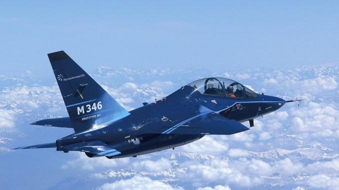 طائرة التدريب M-346