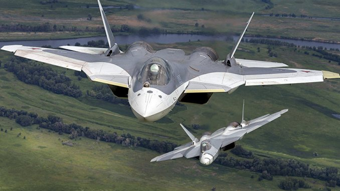 مقاتلتان من نوع سو-57