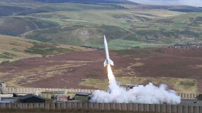 إطلاق صاروخ من ألياف الكربون