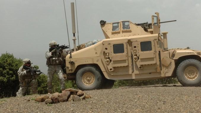 """مركبة """"همفي"""" تابعة للجيش الأميركي"""