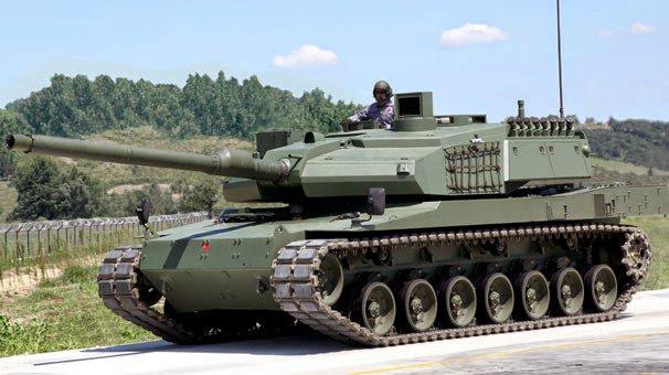 دبابة من طراز ألتاي