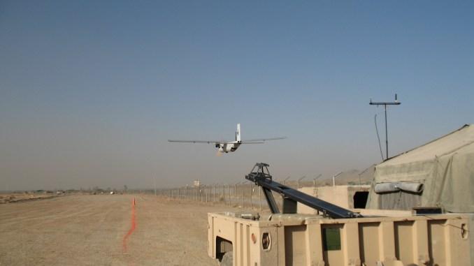 """طائرة Silver Fox من ون طيار من إنتاج شركة """"رايثيون"""""""