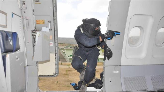 تدريب عناصر الشرطة