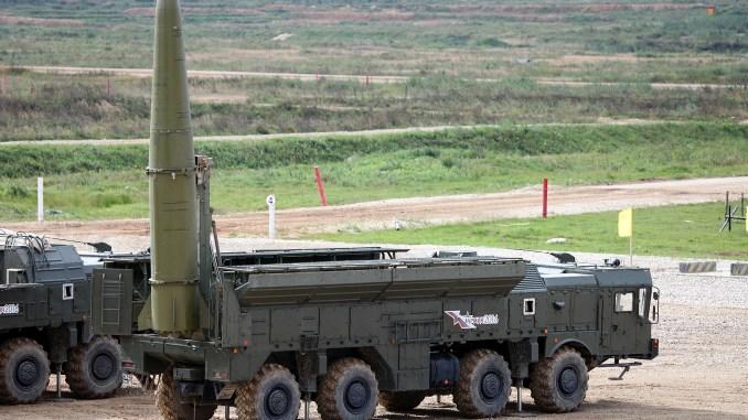 صورة لنظام صواريخ اسكندر-أم التُقطت في 8 أيلول/سبتمبر 2016 في إحدى المجمعات العسكرية الروسية (Vitaly V. Kuzmin)