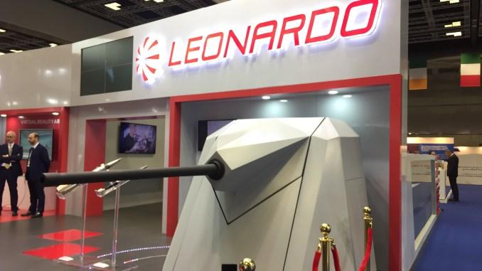 """نظام OTO Marlin 40 في جناح شركة """"ليوناردو"""" الإيطالية خلال فعاليات ديمدكس 2018 (الأمن والدفاع العربي)"""