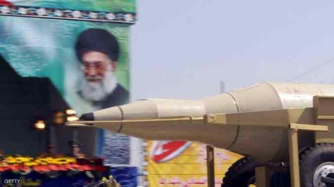 جانب من عرض عسكري في طهران (صورة أرشيفية- سكاي نيوز)
